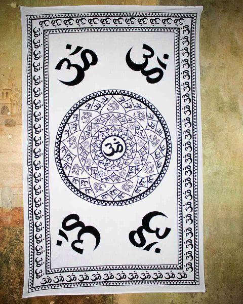 Wandtuch | Dekotuch - Mandala OM | schwarz-weiß