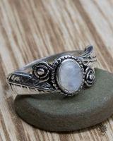 Ring Parna | Mondstein