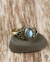 Ring Lykke Oval | Labradorit