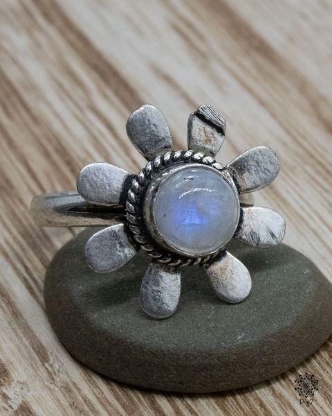 Ring Khilana | Mondstein