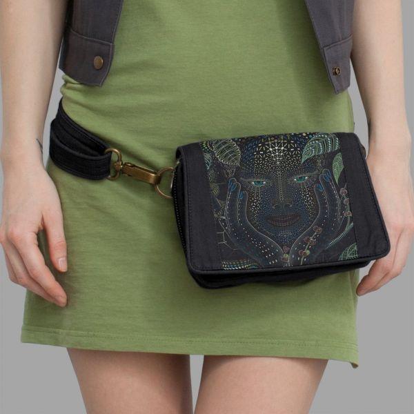 Strap Bag Aya black | uv-aktiv