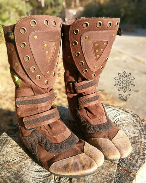 Ninja Shoes | Warrior Boots - light brown