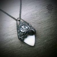 Amulett | Halskette - Dendritenachat - mondweiß