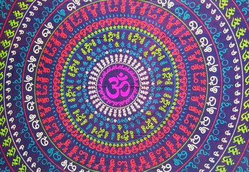 Wandtuch - Bettüberwurf purple circle OM