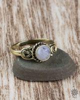 Ring Yuna | Mondstein