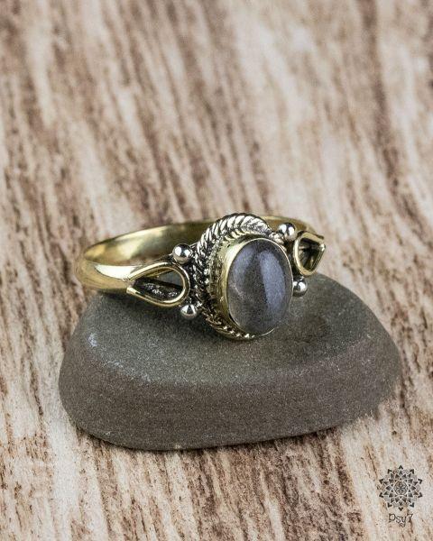 Ring Ferun Oval | Labradorit