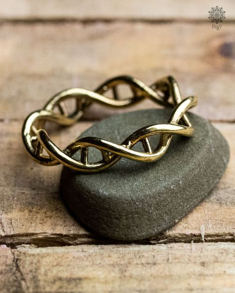Flechtring | DNA